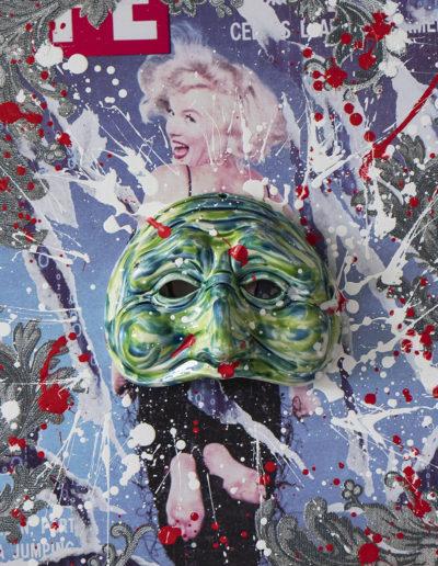 decollage e acrilici con applicazioni in tessuto e maschera in ceramica con ossidi su dibond 50x50